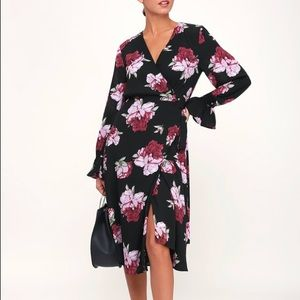 NWT Lulus Romantic Blooms Floral Wrap Dress